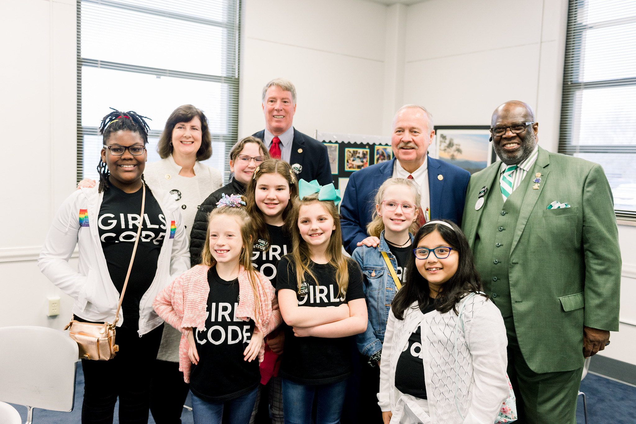 Girls Who Code Works With Commonwealth of Kentucky on Comprehensive Legislation Aimed at Closing the Gender Gap in Tech - girlswhocode