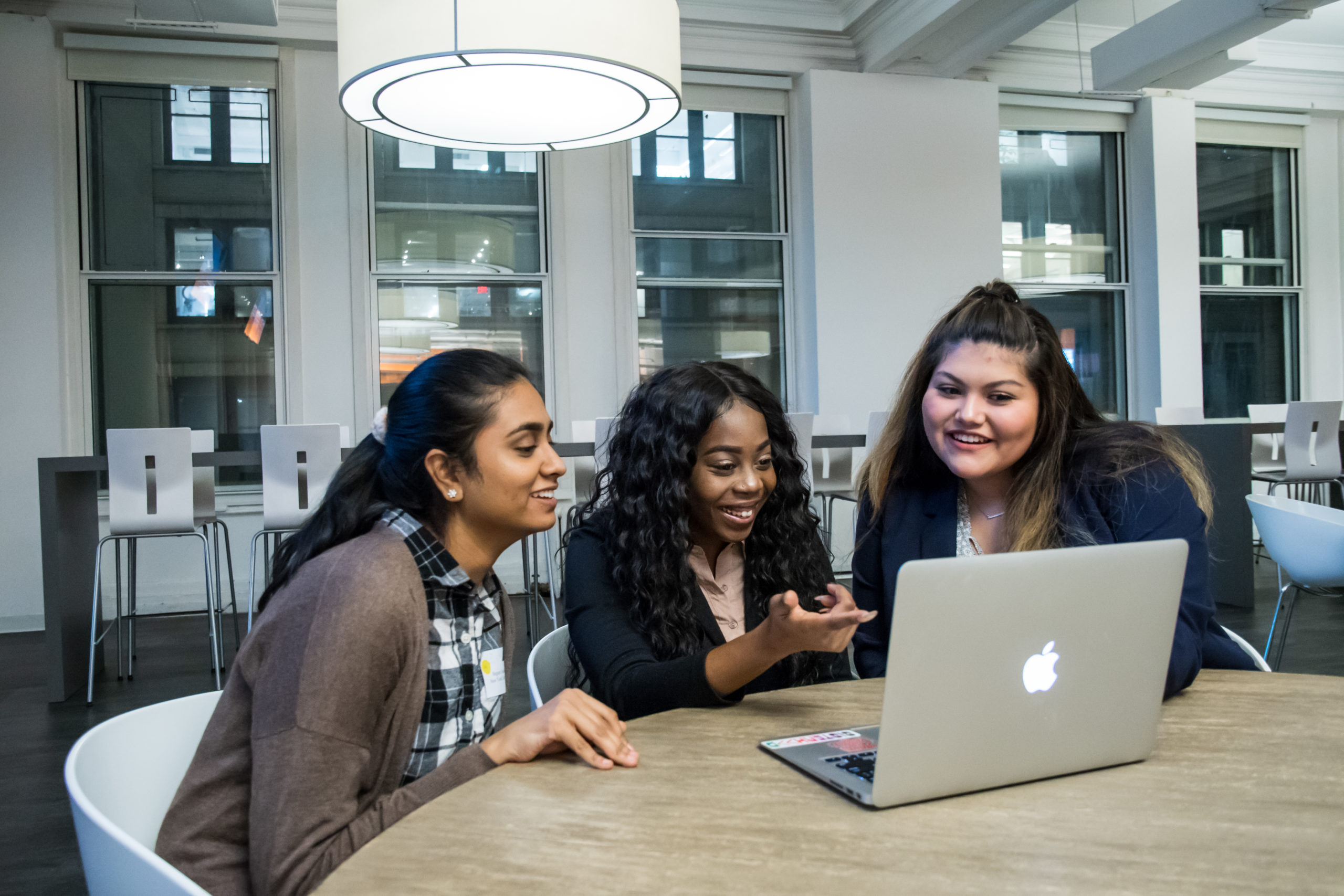 Girls Who Code Launches Free Virtual Video Series to Support Young Women in Tech During COVID-19 - girlswhocode